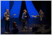 The Karine Polwart Trio in Lüdenscheid on November 29, 2014; photo © Rolf Rutzen